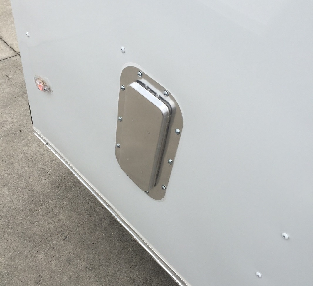 feature3 2 way sidewall vents